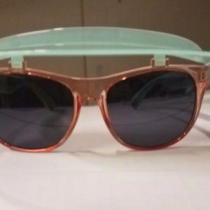 American Eagle Visor Sunglasses (Broken)
